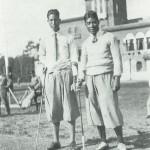 優勝した浅見緑蔵(右)と2位の陳清水(日本プロゴルフ協会30年史より)